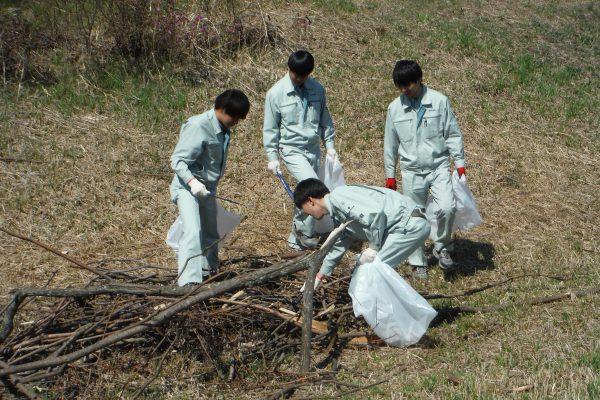 北栄グリーンロード周辺清掃奉仕活動